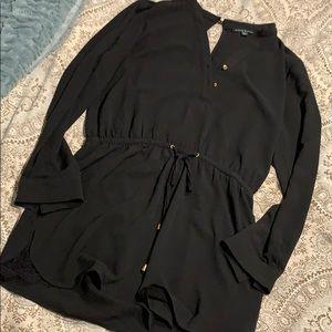 Black long sleeve romper - L
